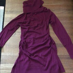 Medium Liz Lange maroon maternity dress used